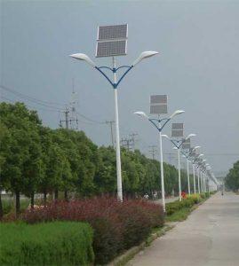 چراغ خورشیدی معابر